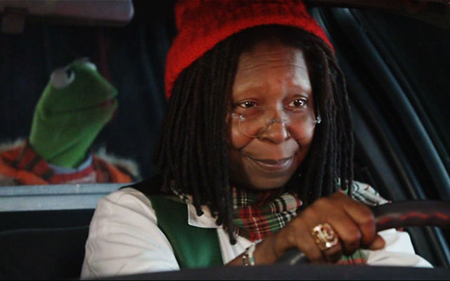 whoopi goldberg, the muppets - letters to santa